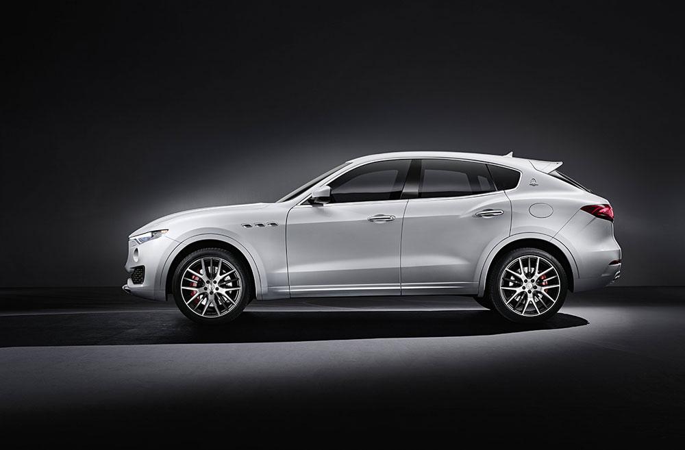 Maserati-Levante3