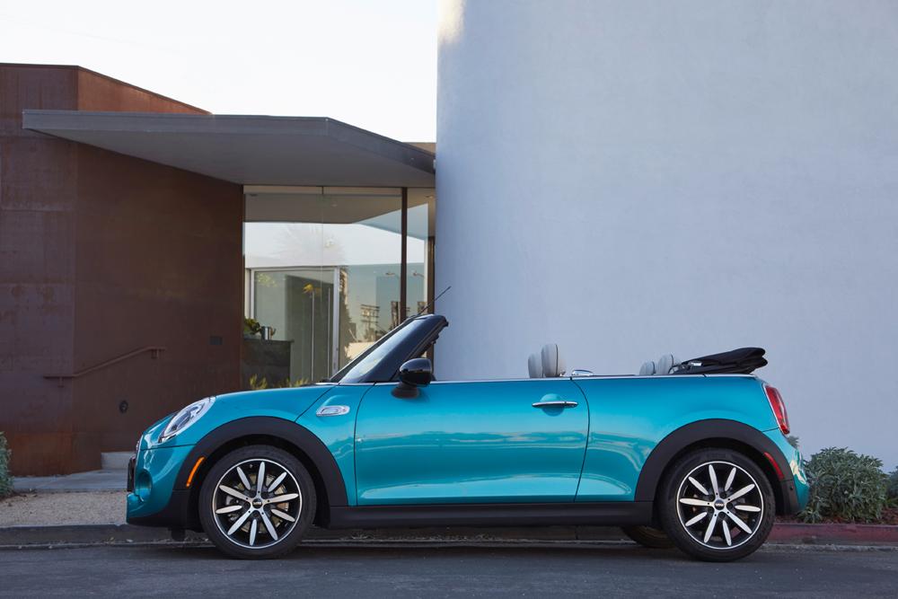 Mini-Cabrio-2