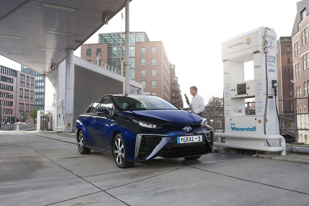La Mirai è la prima Toyota ad idrogeno