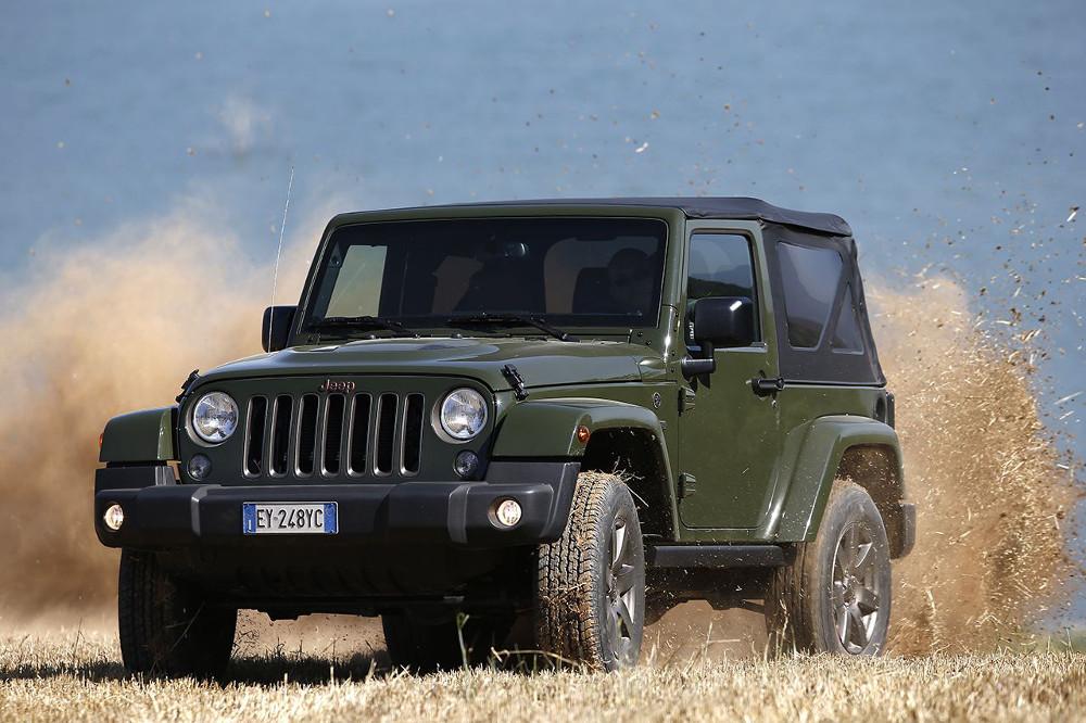 1605613_Jeep_Wrangler_iconic_hero_01