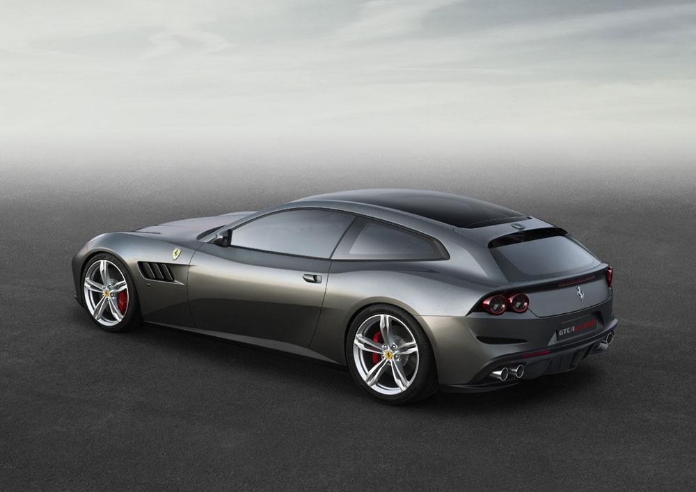 Ferrari_GTC4Lusso