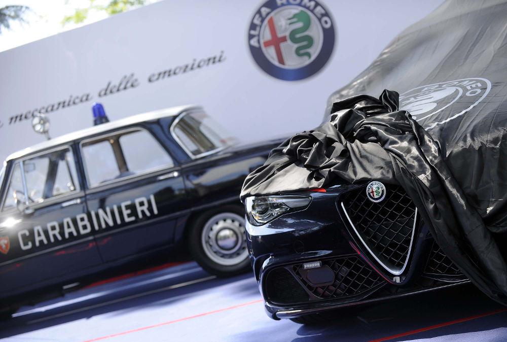 160505_Alfa-Romeo_Consegna-Giulia-Carabinieri_01